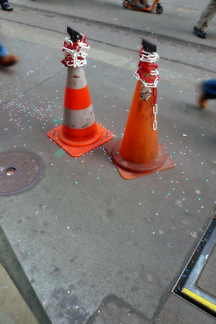 Surrounded cones