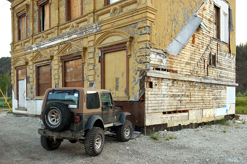 Jeep and house