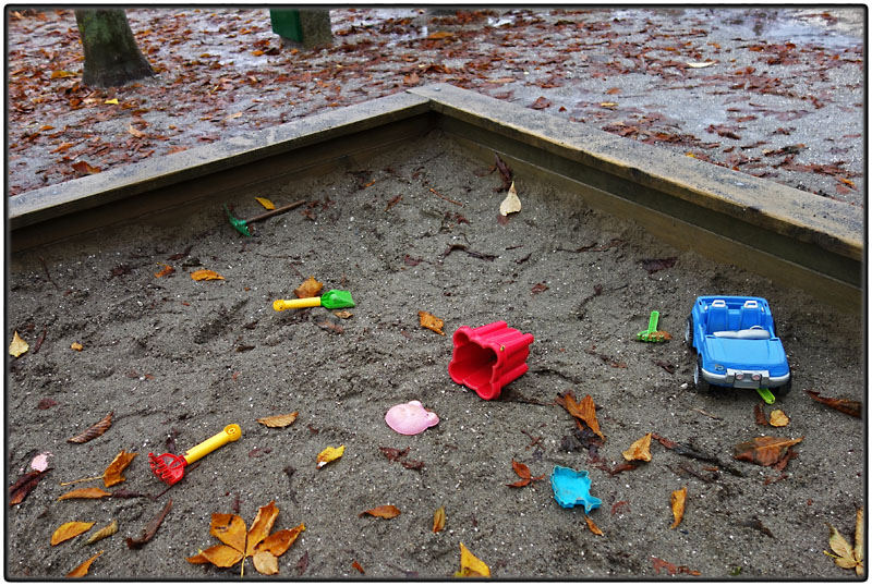 Autumn sandpit
