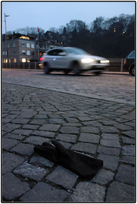 Another lost glove