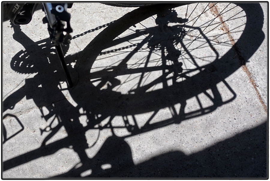 Wheel shadow